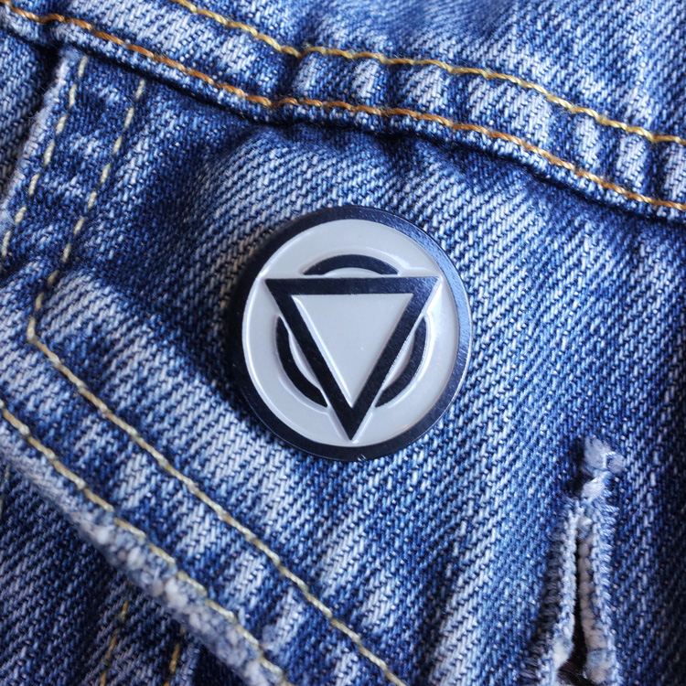 LIMITED EDITION HANDNUMBERED ENAMEL PIN BADGE - SINGLE BADGE